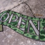 HEAVOGON Stained Glass Open Sign Crazy Green41790yen