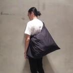 「WHOWHAT」 WRAP BAG/BLACK 税抜き23000yen+税