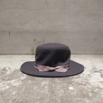 「NEEDLES」 Outback Hat Heavy Melton/Charcoal 税抜き13000yen+税